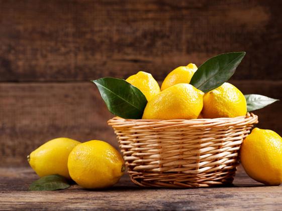 asid dalam lemon boleh merahkan bibir anda